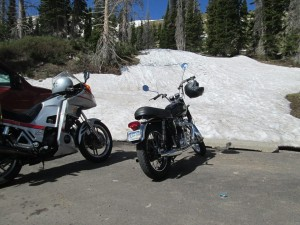 George & Danas bikes at Snowy Ridge